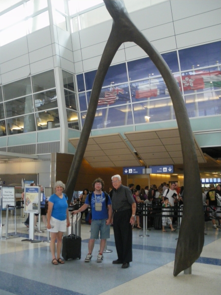 DFW Airport - Kenny Darrell leaves for Greece